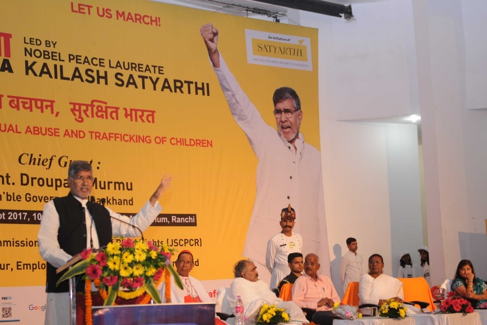 <p>Nobel Peace laureate Kailash Satyarthi addresses a gathering during his Bharat Yatra programme in Ranchi on Monday.&nbsp;</p>