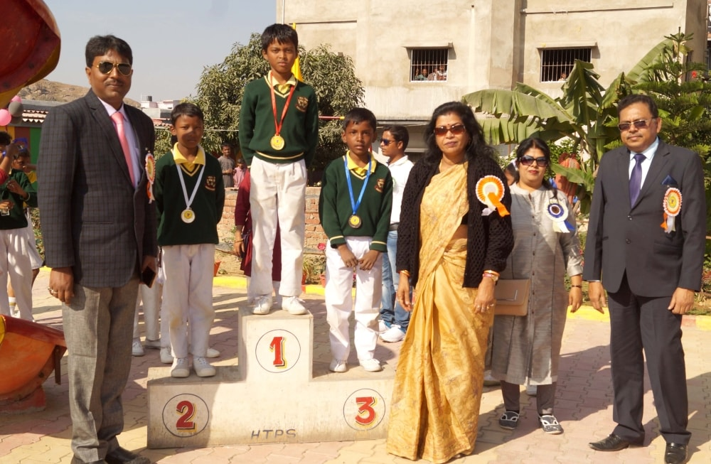 <p>Hill Top Public&nbsp;School, Ranchi celebrated its Annual Sports Day with much fanfare on Sunday.</p>