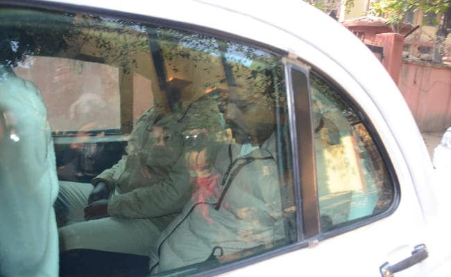 <p>Bahubali(Strongman) MLA, Sanjay Singh, an accused, who has been in jail in Dhanbad since April 2017, was brought to the state-run RINPAS hospital in Ranchi for 'medical treatment'…