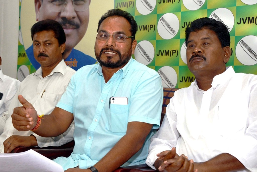<p>JVM General Secretary Pradeep Yadav addresses media persons at party headquarter in Ranchi on Wednesday.&nbsp;</p>