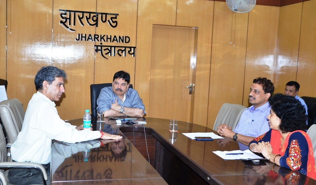cs-tripathi-chairs-meeting-on-water-supply-schemes-in-cities