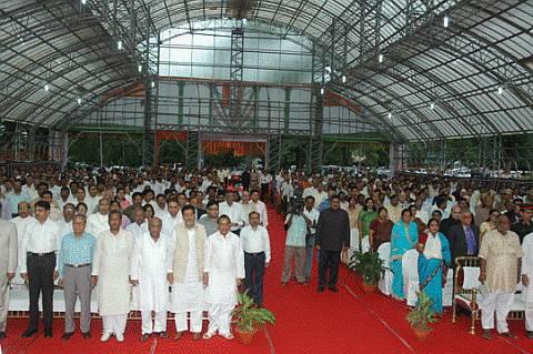 Six Ministers take oath in Jharkhand as Mandu does a jig