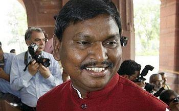 Arjun Munda to invite Narendra Modi in Jharkhand