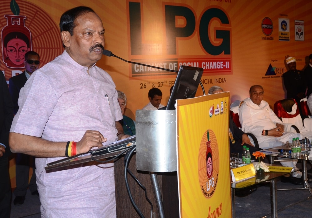 Target for delivering LPG connections to every poor family-CM Das