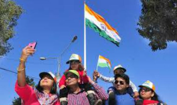 70th-independence-celebrations-citizens-ready-to-post-selfie-with-tricolour