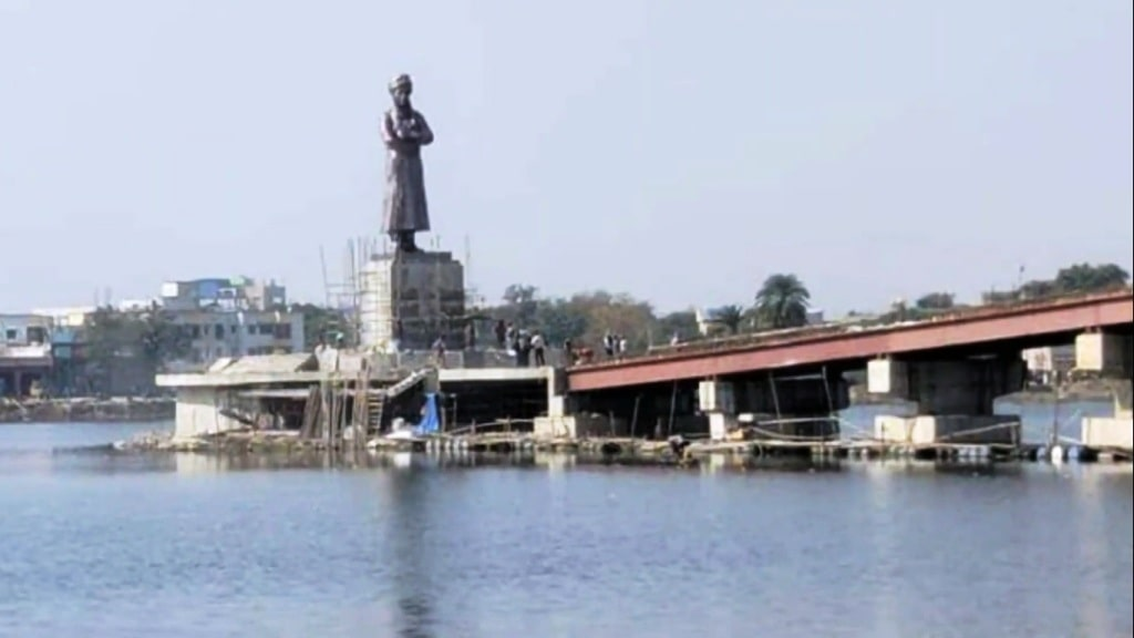 vivekananda-s-33-feet-tall-bronze-statue-to-be-installed-at-ranchi-lake