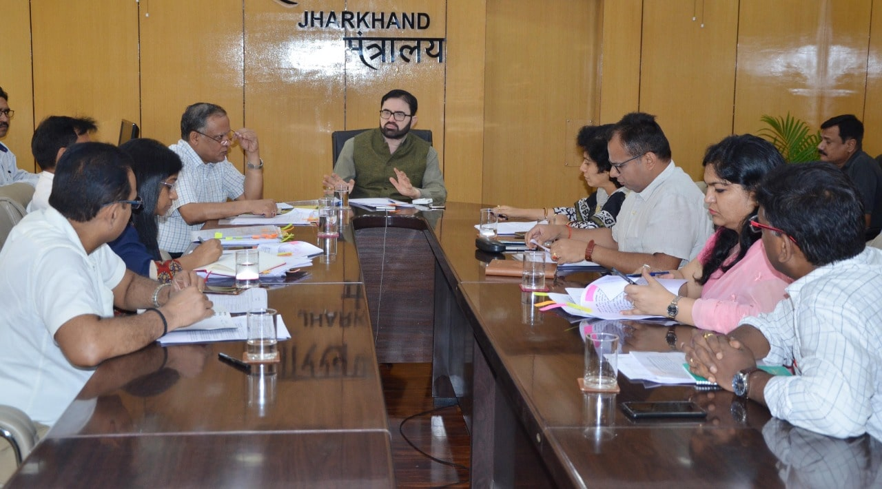 Chief Secretary holds important meeting about development works
