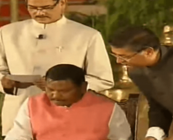 Tribals thank PM Modi for inducting Arjun Munda in Cabinet