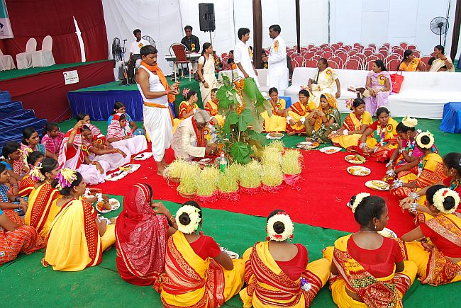 Adivasis celebrate Sarhul with pomp and show