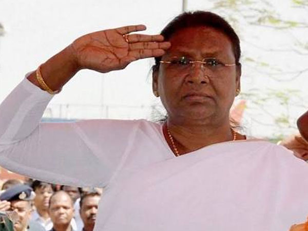 setback-for-raghubar-das-govt-as-governor-returns-tenancy-bills