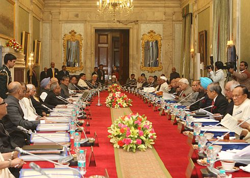Rashtrapati Bhawan hosts Governors' conference,records five letter word-Johar