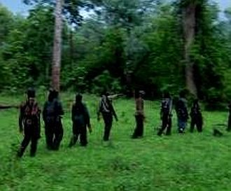 CPI(Maoist) cadres fire on secuiry forces in Pakur,one jawan injured