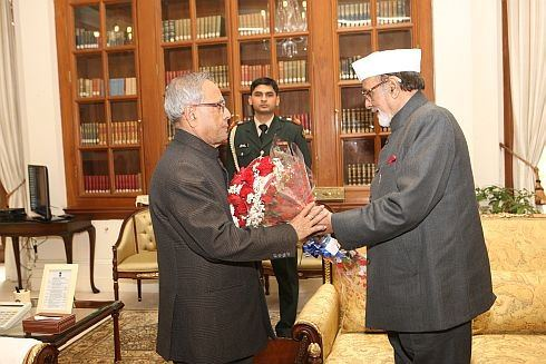 Roses given to President Mukherjee in New Delhi by Governor Ahmad have roots in Ranchi