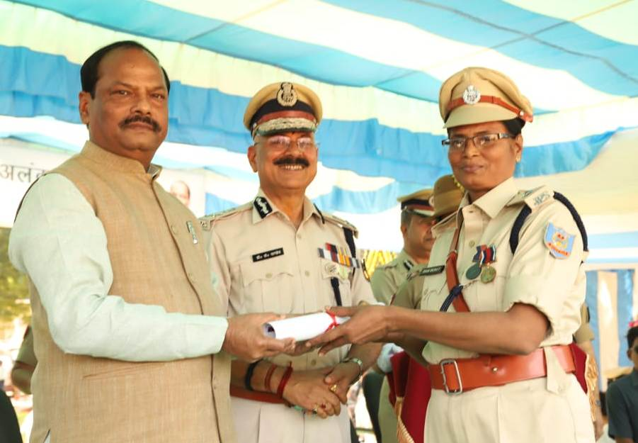 role-of-police-in-all-round-development-of-jharkhand-raghubar-das