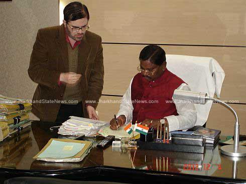 Ex CM Munda's Advisor Sinha yet to resign