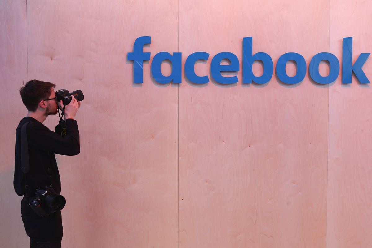 Facebook formed data-sharing ties with Apple,Microsoft...NYT
