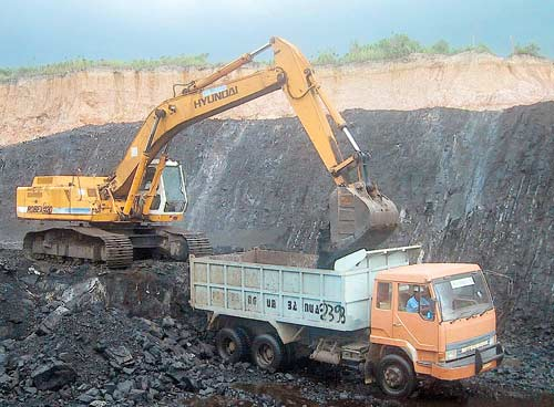 Governor Ahmad recommends CBI probe into coal blocks allocations