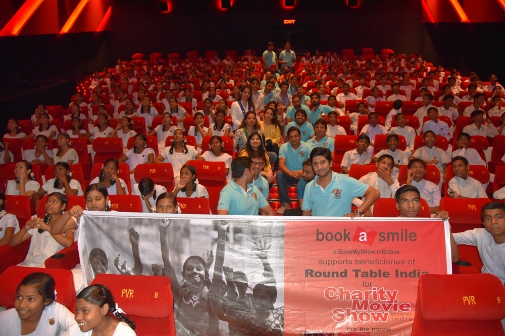 Backed by Round Table India,Students see the film-Toilet Ek Prem Katha