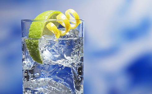 Drink 3 litres of water with lemon,burn 100 extra calories every day