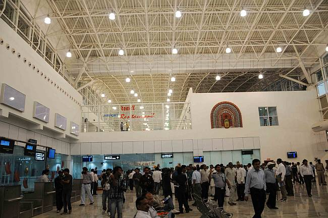No toilet,no water outside Ranchi airport's new terminal