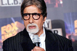 Eight years on,Big B remembers his mistake,regrets