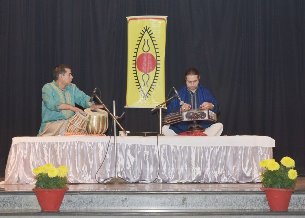 Santoor Player Abhay Rustum Sopori enthralls students at DPS Ranchi