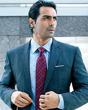 Arjun Rampal launches his officals social network page