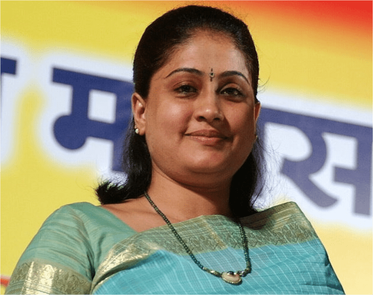 by-quitting-congress-popular-star-vijayashanti-can-give-shot-in-bjp-s-arm