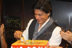 Celebrities wish Shah Rukh Khan on his his 50th birthday