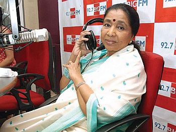 Bhosle makes acting debut at 79 in a role of mother in the film-Mai