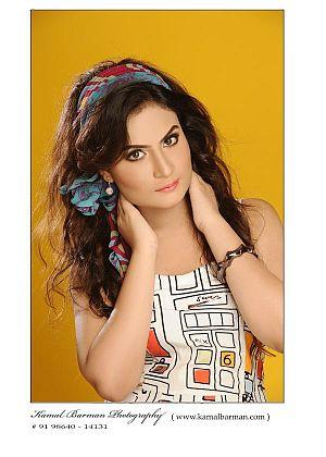 'My vital stats are 32,25,34',says Priyanka Biswas