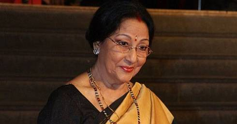 Mala Sinha feels insulted,refuses to receive Phalke Academy Awards