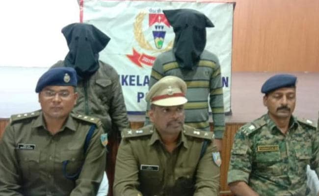 Police nab two Naxals on charge of killing five cops