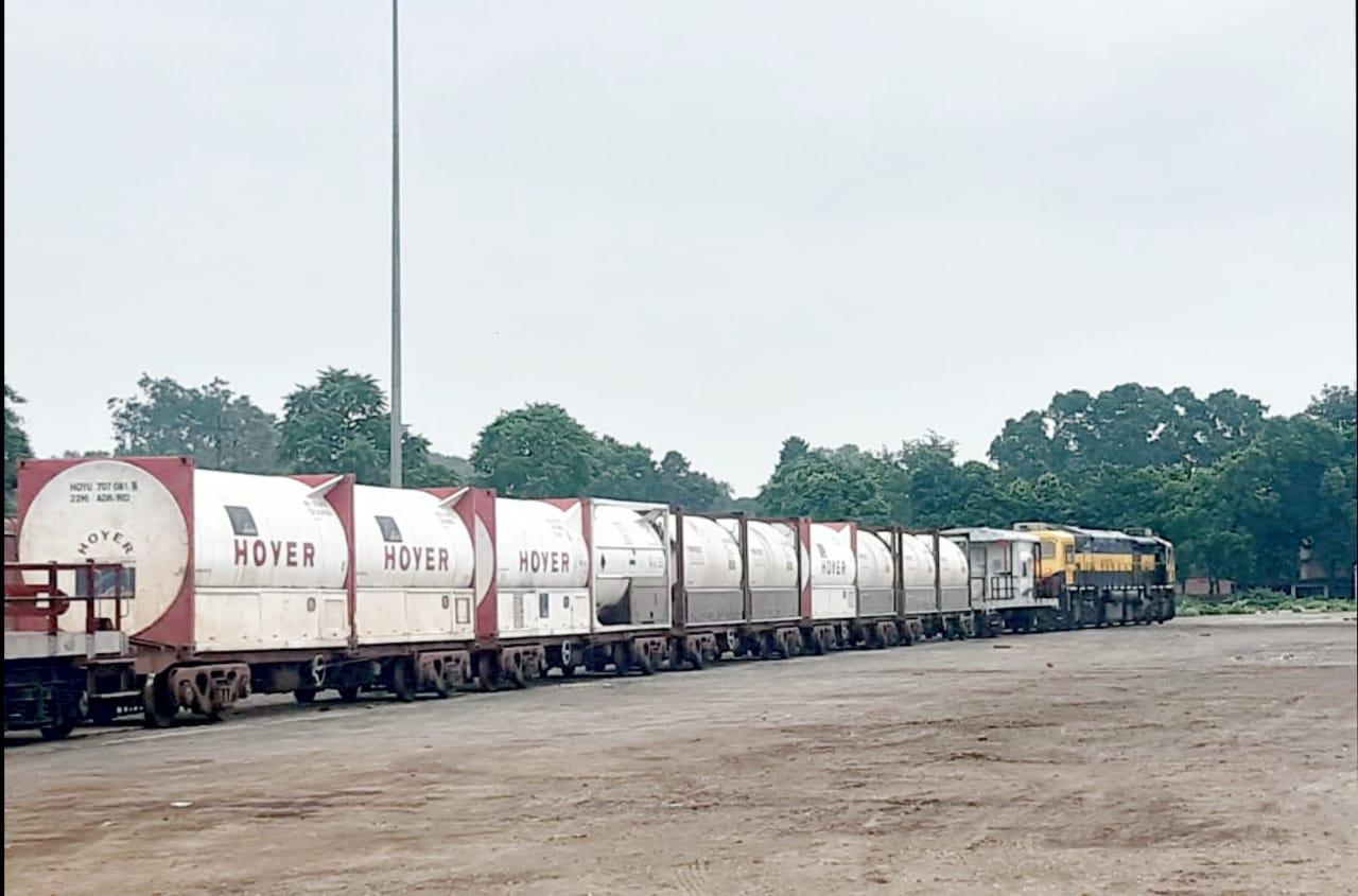ser-dispatches-183-tonne-medical-oxygen-to-bangladesh