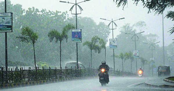 heavy-rainfall-in-palamau