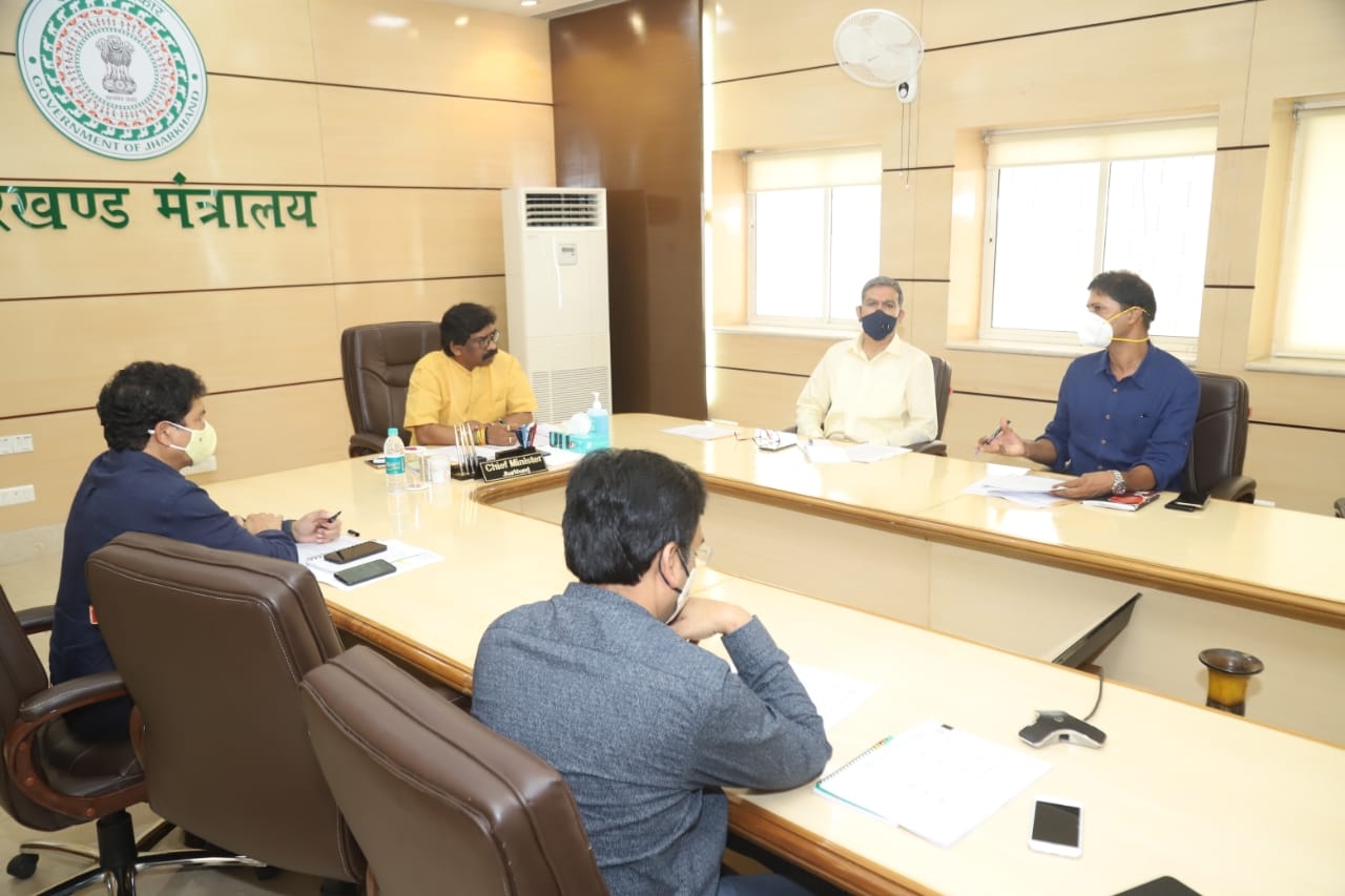 matters-related-to-land-acquisition-and-forest-clearance-regarding-road-projects-should-be-resolved-at-the-earliest-cm