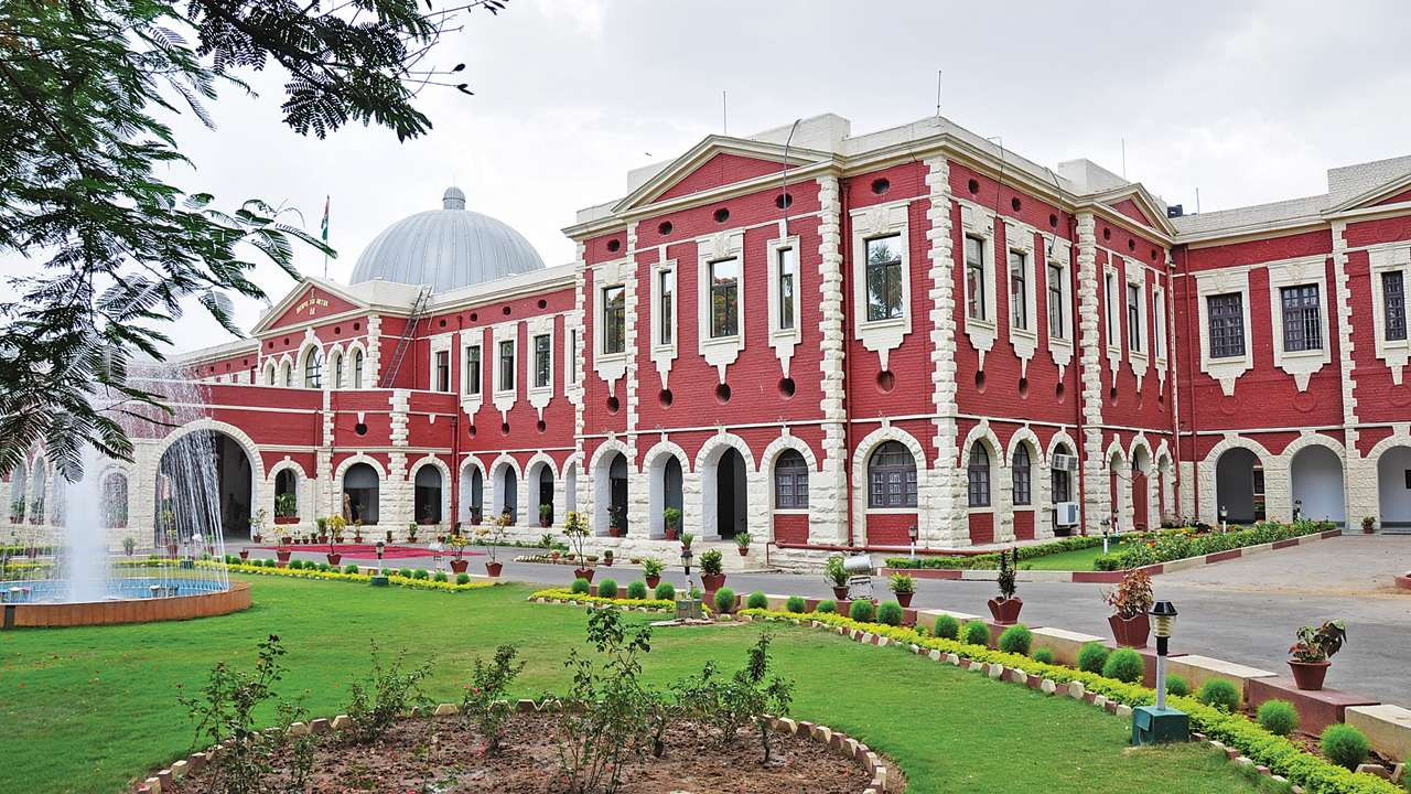 pil-filed-in-jharkhand-hc-regarding-horse-trading