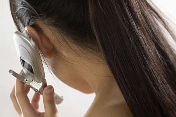 Cell phones can cause genetic mutation,tumor:A study