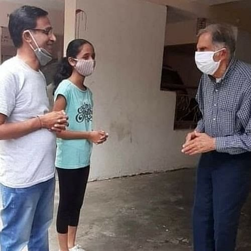 ratan-tata-visits-ailing-former-employee-in-pune