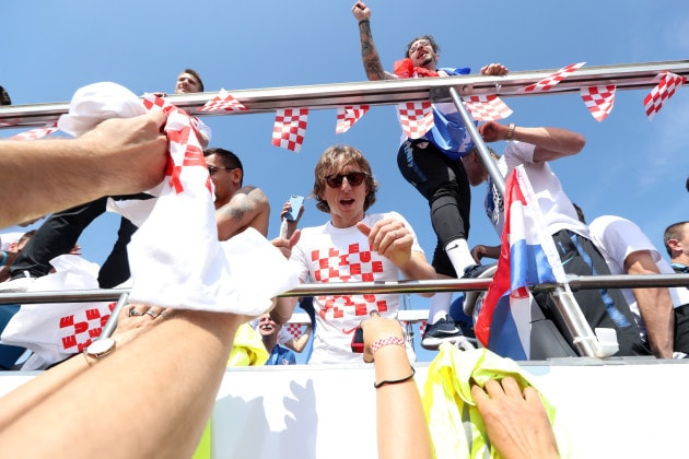 Follow Croatians,greet players even when they lose