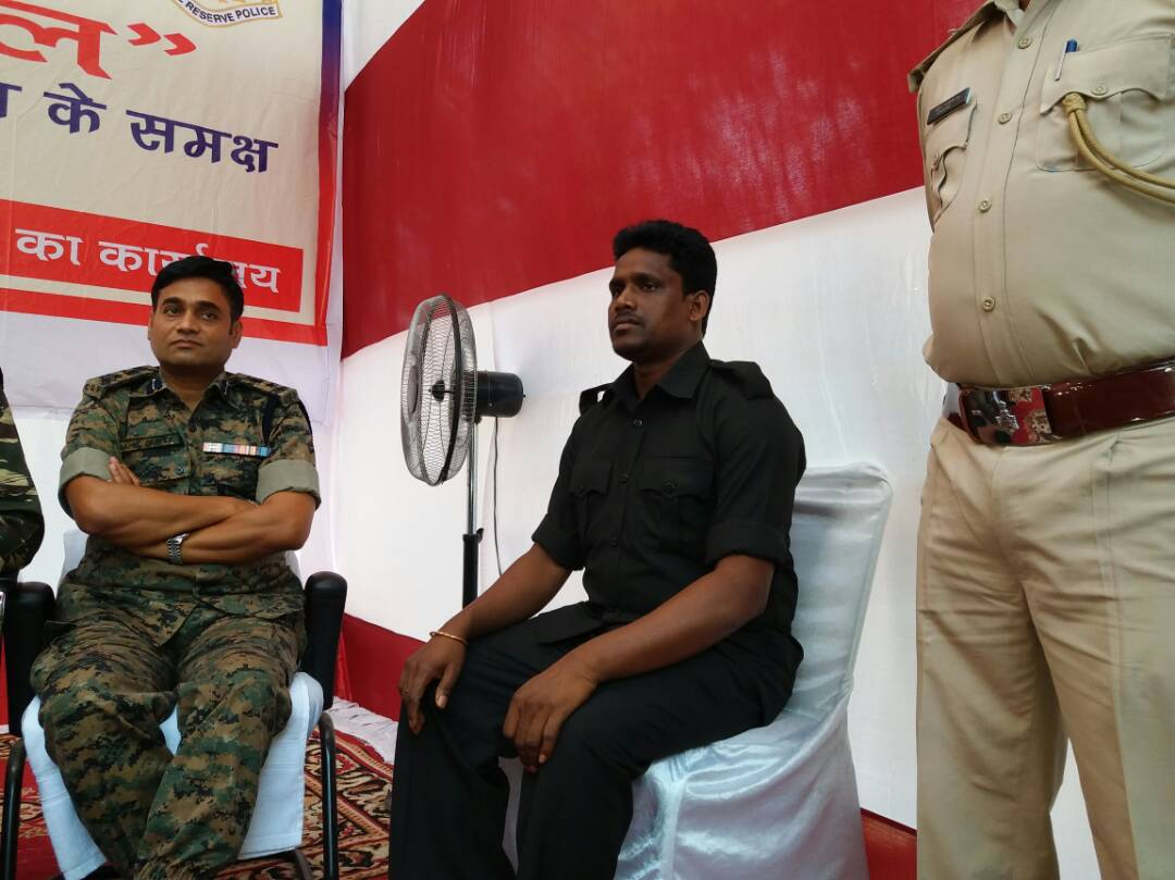 <p>Top Naxal commander and dreaded Maoist leader Jharkhand Regional Committee (JRC) Kundan Pahan surrendered before Jharkhand's ADG (Operations) RK Mallik and South Chhotanagpur…