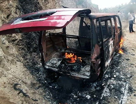 <p>An accident leaves a patient dead.Fire caught a moving Omni Maruti van resulting in the death of a man whereas driver among three persons jumped out and saved their own life in…