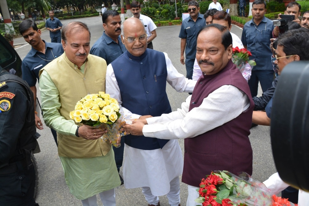 <p>NDA Presidential candidate Ramnath Kovind (C) and Union Minister for Chemicals-and-Fertilizer Ananth-Kumar being welcomed by Jharkhand Chief Minister Raghubar Das (R) during during…
