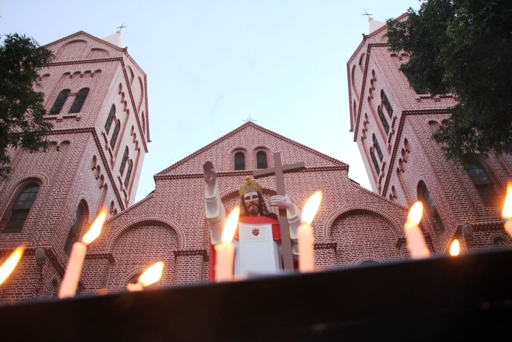 <p>A church in Ranchi on the eve of Christmas festival on Monday.</p>