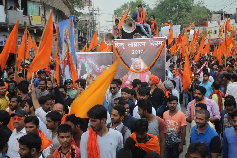 <p>VHP took out rally in Ranchi causing traffic jam and tension.Police was deployed to maintain law and order.</p>