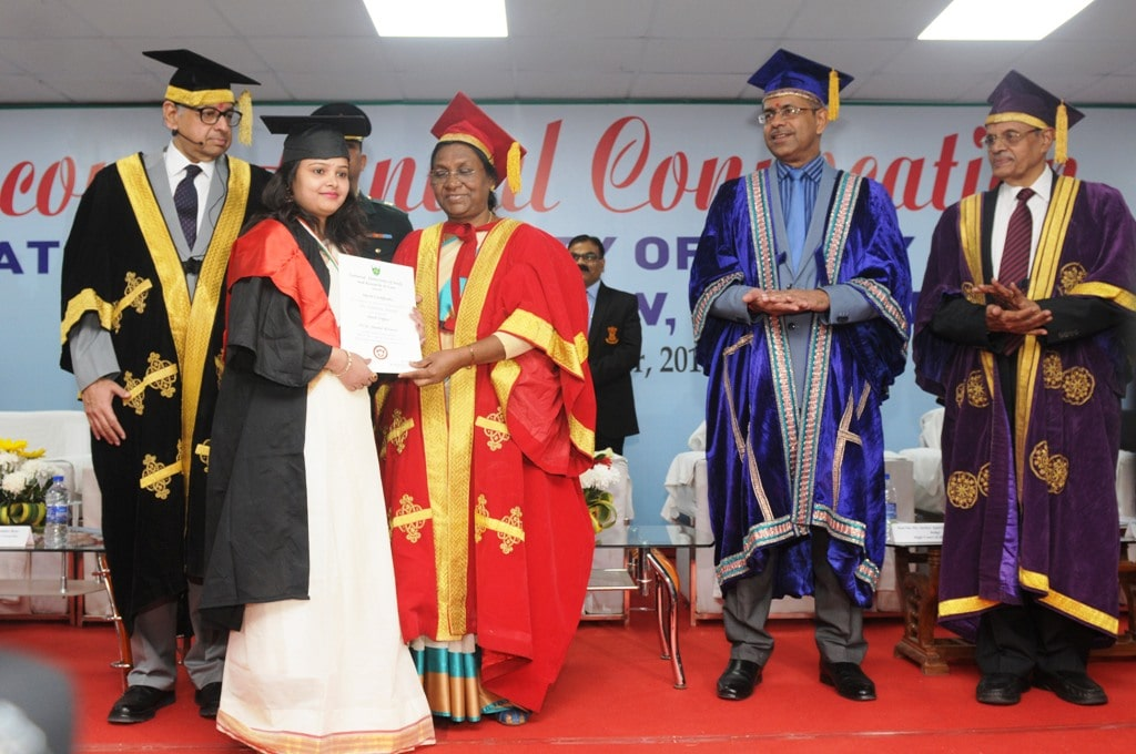 <p>Jharkhand Governor Droupadi Murmu presents certificates to students at the 2ndAnnual Convocation of the National University of Study & Research in Law (NUSRL) in Ranchi…