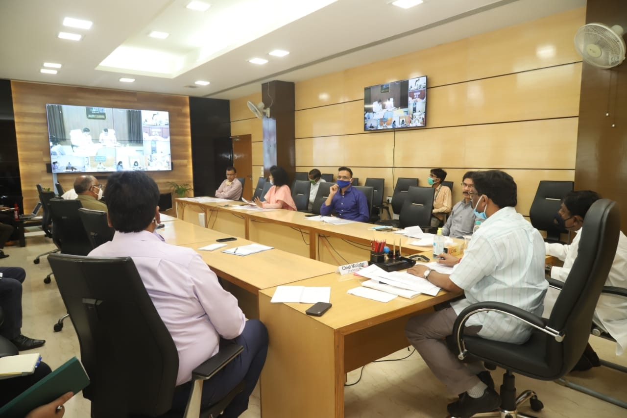 <p>CM Hemant Soren together with heads of different districts addressing Deputy Commissioners of districts through video conference inside Secretariat in Ranchi on Friday</p>