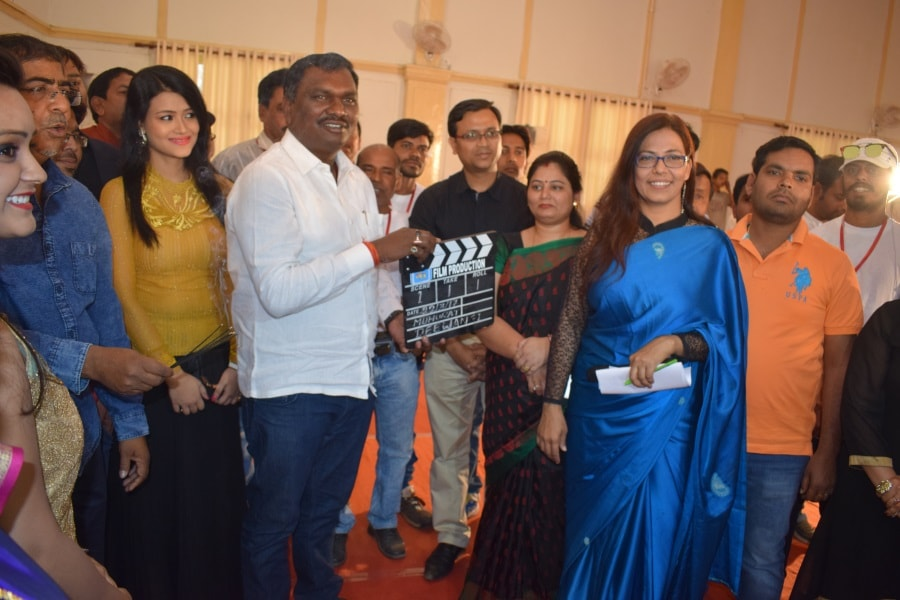 <p>The first scene of the Kortha film -Diwangi-directed by Rajiv Sinha was shot at Audrey House in Ranchi.</p>