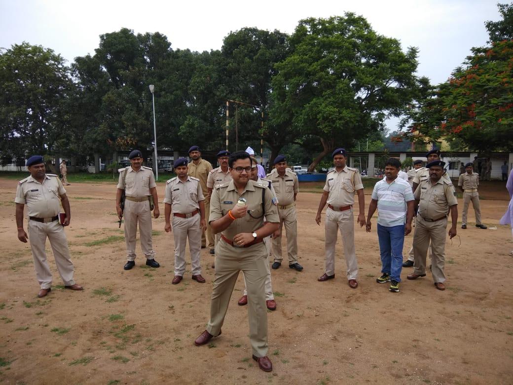 <p>बंद समर्थकों के आड़ में उपद्रव फैलाने वालों से निपटने के लिए राँची पुलिस की तैयारी।</p>