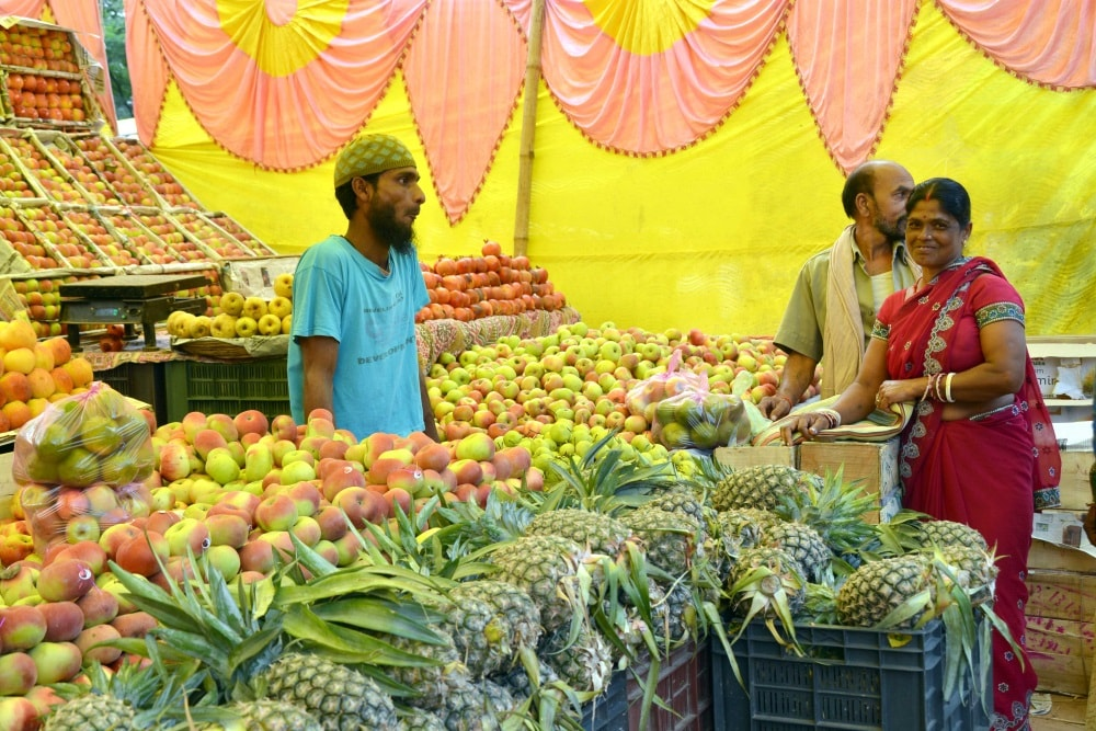 <p>Women buying puja items ahead of Chhath puja festival at a temporary market in Ranchi on Wednesday.</p>